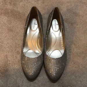 Bandolino Silver Sparkle Wedge Shoes!